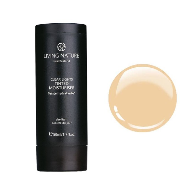 Tinted Moisturiser - Day Light